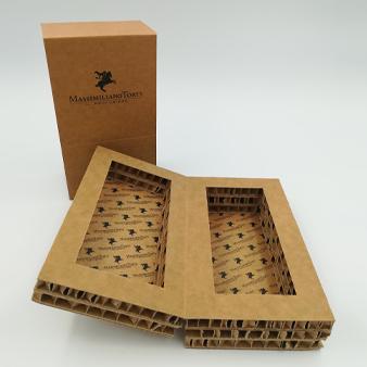 packaging in cartone per profumo